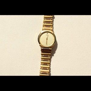Men's citizen quartz goldstone watch.